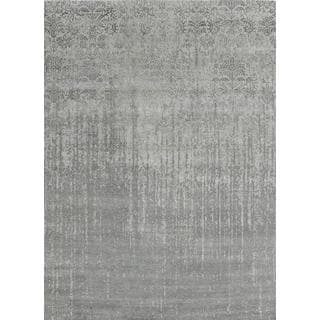Pasargad's Transitional Collection Silver Bamboo Silk/Wool Area Rug (6' x 8'11)