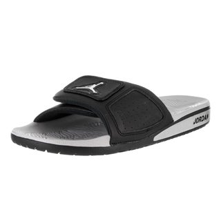 Nike Jordan Men's Black Faux Leather Hydro III Retro Sandal|https://ak1.ostkcdn.com/images/products/13477777/P20164032.jpg?_ostk_perf_=percv&impolicy=medium