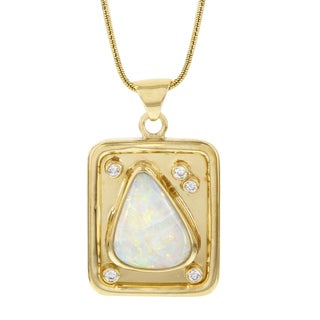 14k Yellow Gold Fire Opal and Diamond Pendant Necklace (H-I, SI1-SI2)