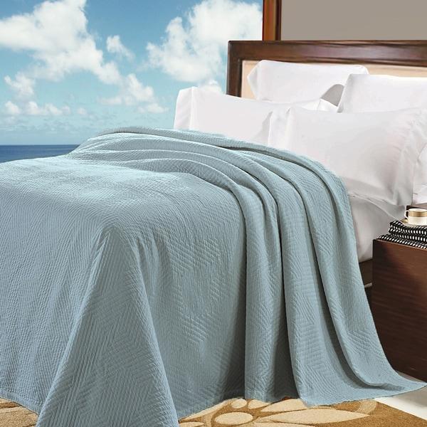 Natural Comfort Matelasse Blanket in Water Blue