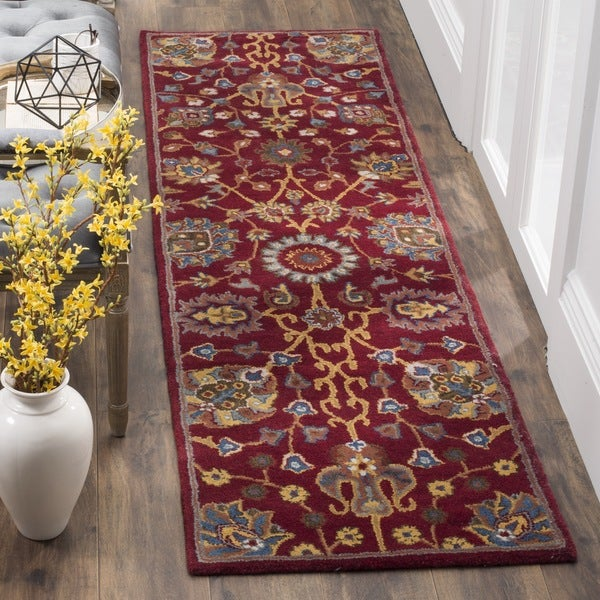 Safavieh Hand-Woven Heritage Red Wool Runner (2' x 8')