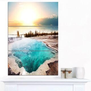 Designart 'Crystal Clear Lake in Yellowstone' Oversized Landscape Canvas Art