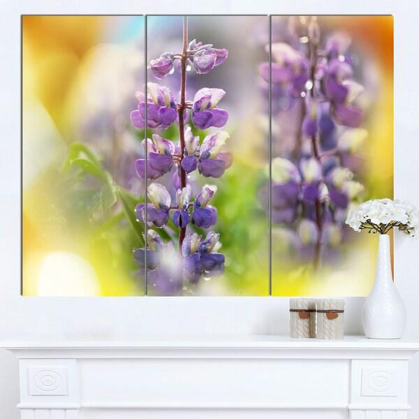 Designart 'Beautiful Blue Lupin Flowers' Large Flower Wall Artwork