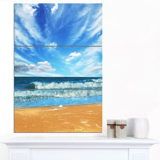 Designart 'Bright Blue Waters and Sky in Beach' Large Seashore Canvas Print