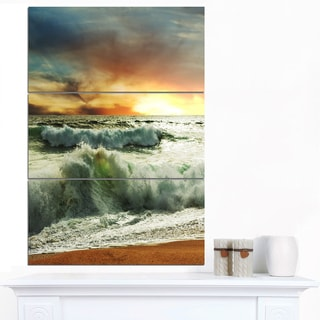Designart 'Rushing Waves in Evening Beach' Large Seashore Canvas Print
