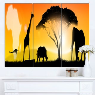 Designart 'African Wildlife Panorama' African Wall Art Canvas Print