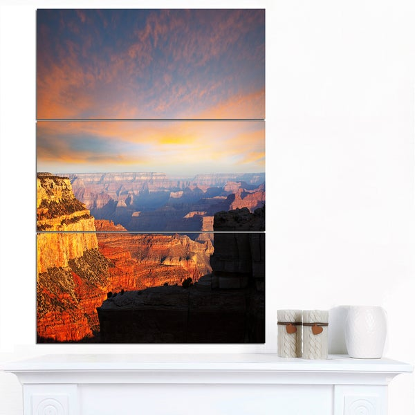 Designart 'Beautiful View of Grand Canyon' Landscape Print Wall Art