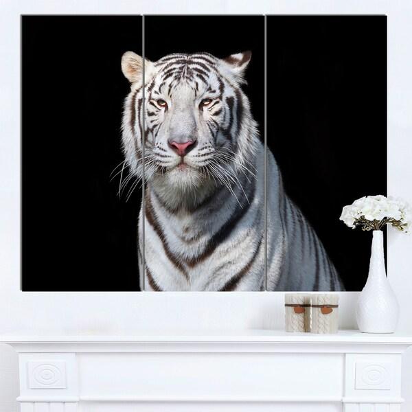 Designart 'Stunning White Bengal Tiger' Animal Wall Art Print