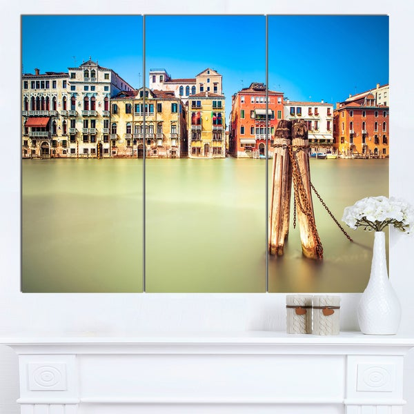 Designart 'Traditional Buildings of Venice' Landscape Canvas Wall Art