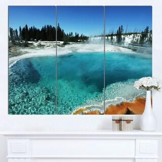 Designart 'Fantastic Blue Yellowstone Lake' Landscape Print Wall Art