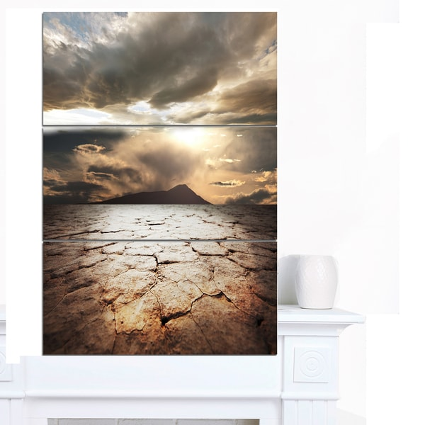 Designart 'Drought Land with Cloudy Sunset' Extra Large Landscape Canvas Art - grey