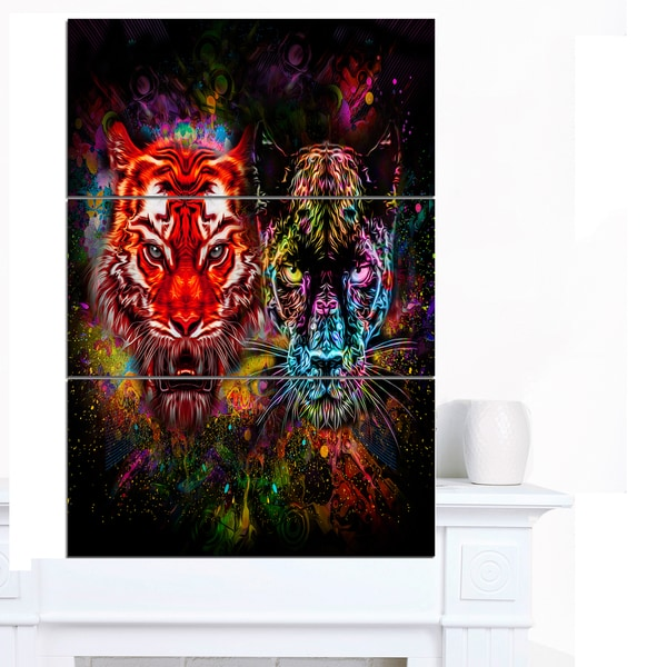 Designart 'Tiger and Panther with Splashes' Animal Artwork on Canvas