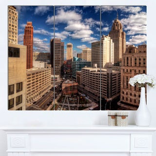 Designart 'Amazing Urban City With Skyline' Extra Large Cityscape Wall Art on Canvas