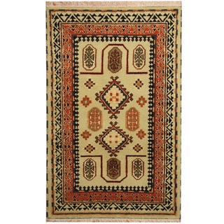 Herat Oriental Indo Hand-knotted Tribal Kazak Wool Rug (4'2 x 6'4)