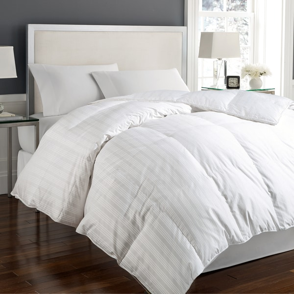 Hotel Grand 400 Thread Count Damask White Down Comforter