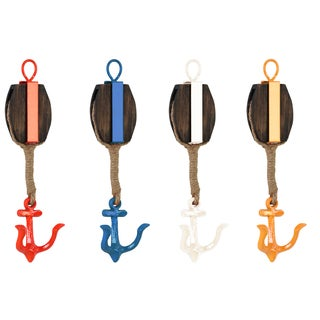 Urban Trends Collection Coated Finish Metal Oval Wall Hook with 1 Hanger, Wood Board and 1 Anchor Design Hook