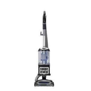 Shark NV361BK Navigator Lift-Away Deluxe Upright Vacuum with Appliance Wand