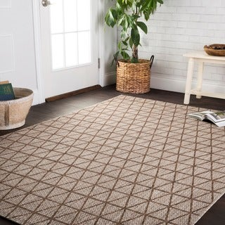 Indoor/ Outdoor Havannah Beige/ Mocha Geometric Rug - 7'10 x 10'9