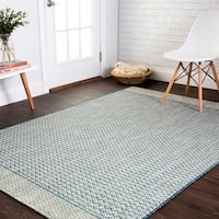 Indoor/ Outdoor Chevron Stripe Patio Rug - 5'3 x 7'7