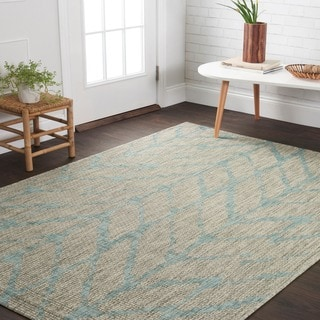 Indoor/ Outdoor Havannah Mist/ Aqua Abstract Chevron Rug (5'3 X 7'7)