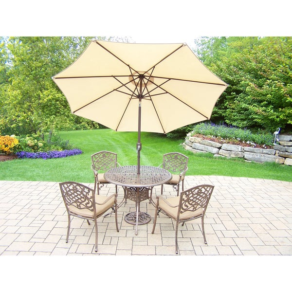 7-piece Grand Dakota Outdoor Dining Set