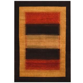 Herat Oriental Indo Hand-knotted Gabbeh Wool Rug (4'6 x 6'6)