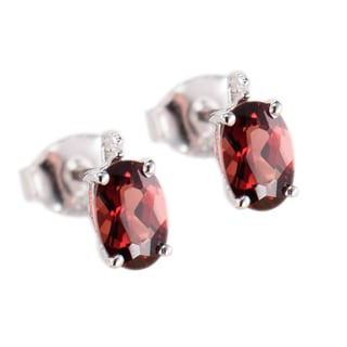 Sterling Silver 1.33 ct Oval Garnet and White Diamond Stud Earring
