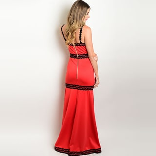 Shop the Trends Women's Polyester and Spandex Sleeveless Formal Gown With V-Neckline