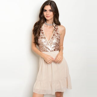 Shop The Trends Women's Nude-colored Polyester Sleeveless Sequined Top And V-neckline Dress