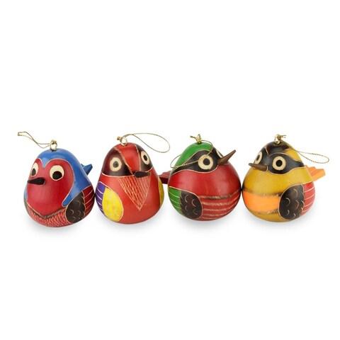 Set of 4 Mate Gourd Ornaments, 'Bright Songbirds' (Peru)
