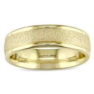Miadora 14k Yellow Gold Brushed Finish Men's Wedding Band