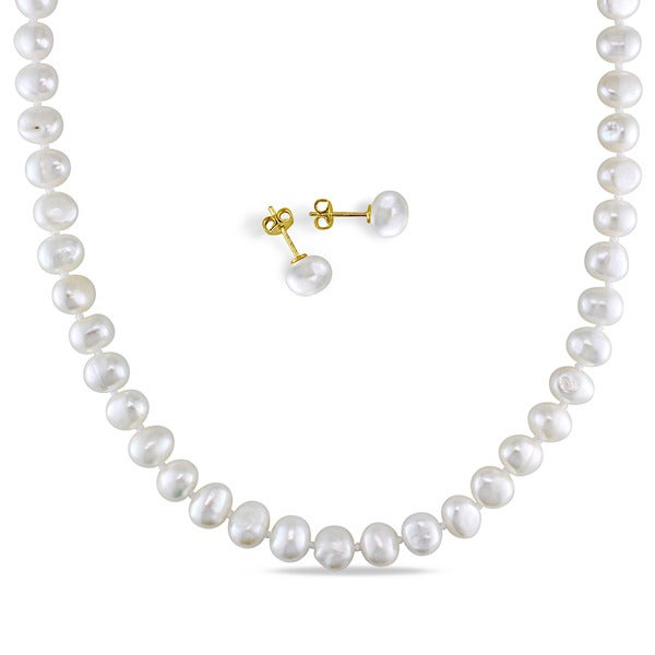 Miadora Goldtone Cultured Freshwater Pearl Necklace and Stud Earrings Set (7-8mm) - White