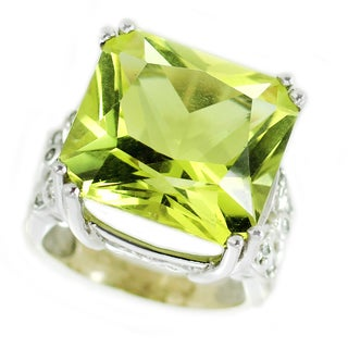 One-of-a-kind Michael Valitutti 14K Ouro Verde and Diamond ring