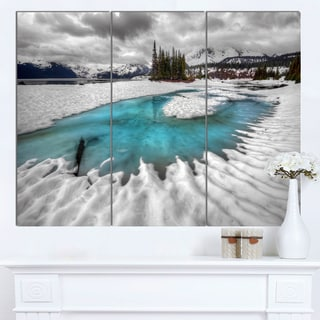 Designart 'Frosted Crystal Clear Lake' Large Landscape Art Canvas Print