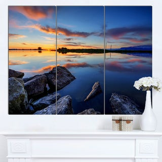 Designart 'Beautiful Calm Water and Sunset' Landscape Wall Art Print Canvas