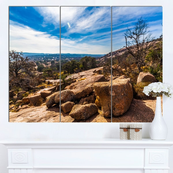 Designart 'Boulders of Legendary Enchanted Rock' Landscape Artwork Canvas Print