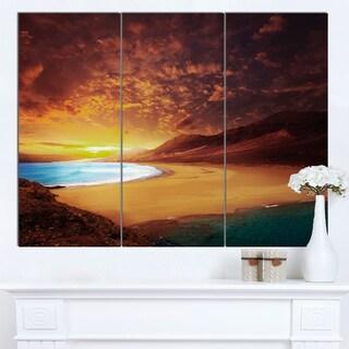 Designart 'Cofete Beach Fuerteventura' Landscape Artwork Canvas Print