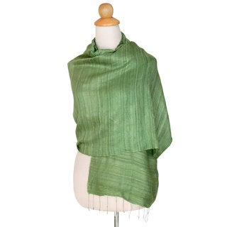 Handmade Silk Shawl, 'Green Treasure' (Thailand)
