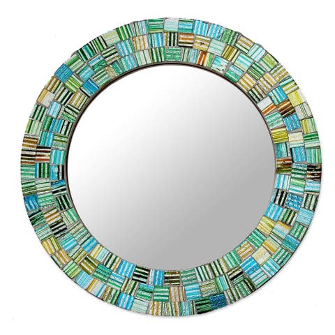 "Handmade Aqua Trellis Glass Mosaic Mirror (India) - 7.0"" Diam."