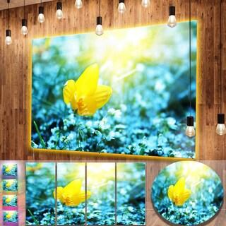 Designart 'Beautiful Yellow Spring Flower' Large Flower Metal Wall Art