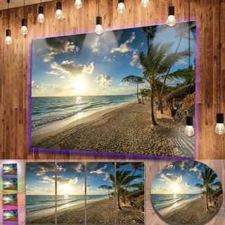 Designart 'Beautiful Caribbean Vacation Beach' Large Varnish Beach Metal Wall Art