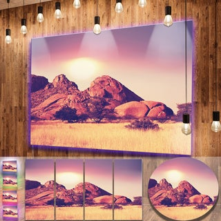 Designart 'Rocky Hills and Grassland in Africa' Oversized Landscape Photography on Aluminium