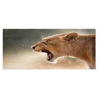 Designart 'Lion Showing Dangerous Teeth' African Animals Metal Wall Decor