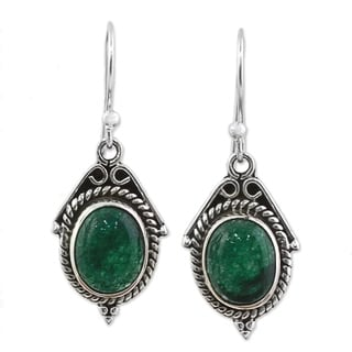 Handmade Sterling Silver 'Charming Green' Onyx Earrings (India)