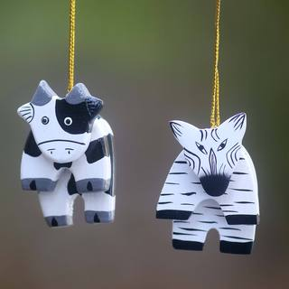 Set of 2 Handcrafted Albesia Wood 'Zebra and Cow' Ornaments (Indonesia)