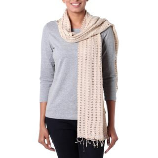 Handcrafted Viscose 'Beige Honeycomb' Scarf (India)