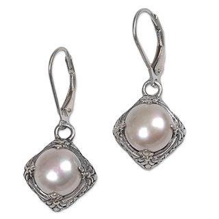Handmade Sterling Silver Gold Overlay 'White Altar' Pearl Earrings (9 mm) (Indonesia)