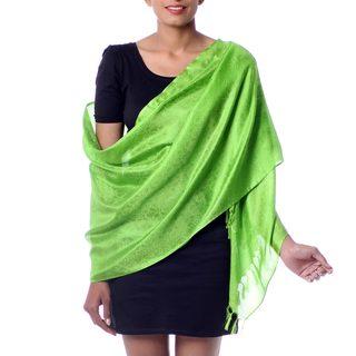 Handmade Varanasi Silk 'Forever Green' Shawl (India)