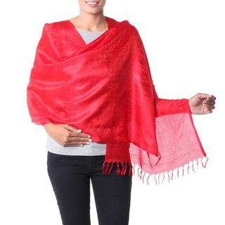 Handcrafted Varanasi Silk 'Woman in Red' Shawl (India)