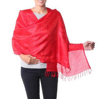 Handmade Varanasi Silk 'Woman in Red' Shawl (India)